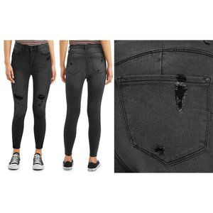 No Boundaries High Rise Sculpting Skinny Jeans